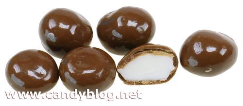 Bonomo Vanilla Taffy Nibbles