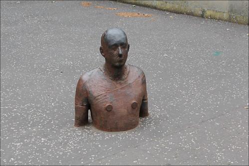 gormley statue