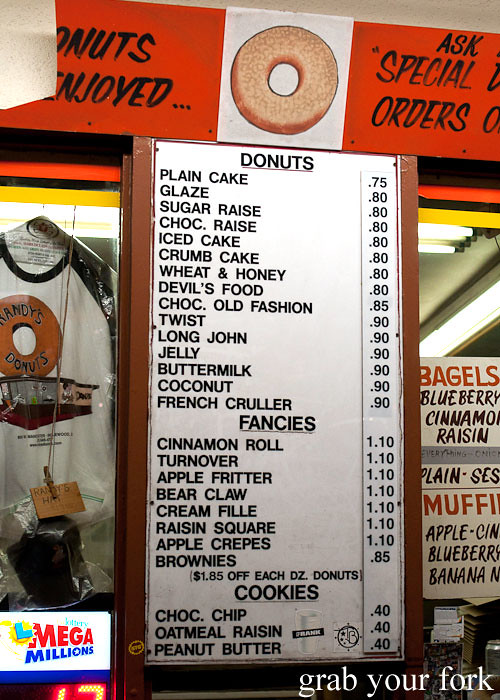 donut menu at randys donuts inglewood la los angeles california