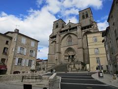 L'Abbatiale St.-Robert à La Chaise Dieu - Photo of Jullianges