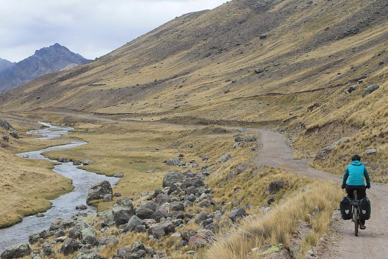 Climbing to Yuracmayo