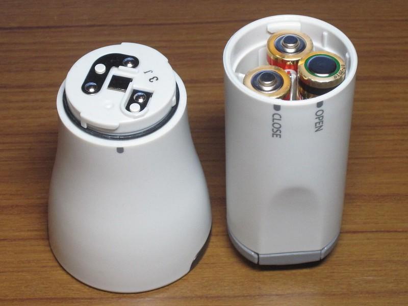 パナソニック LED懐中電灯 BF-BG20F(電池を入れた状態)