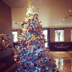 #flemingsmayfair #christmas #festive #london #christmastree