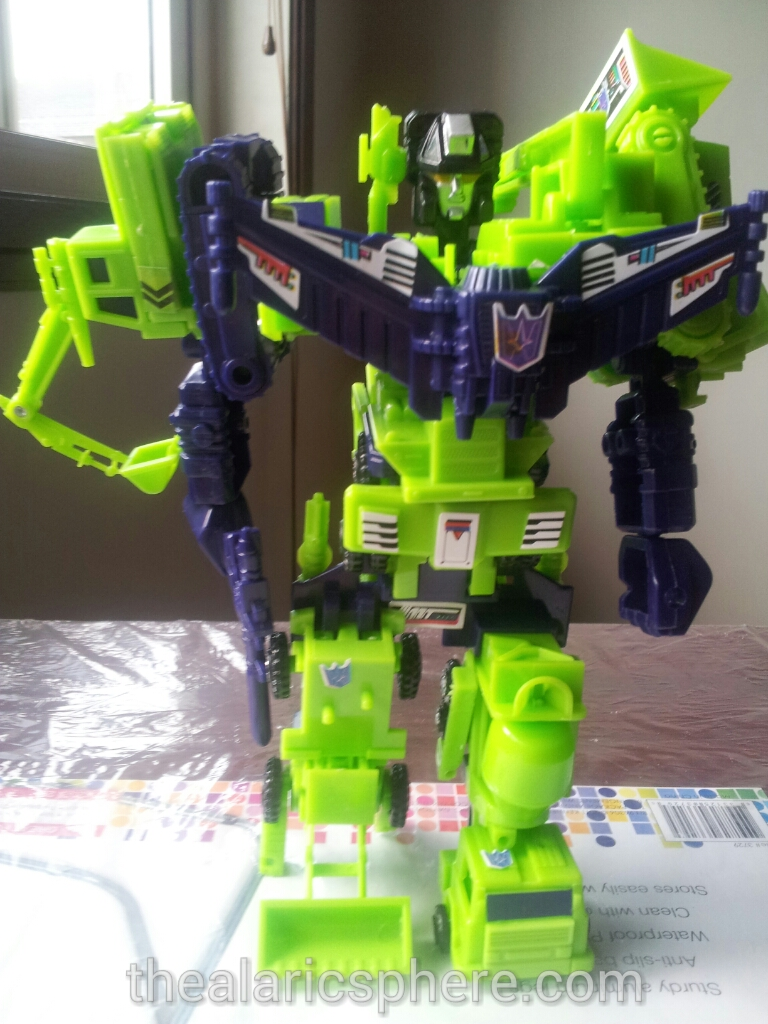 Transformers-Devastator-G1-toys-new