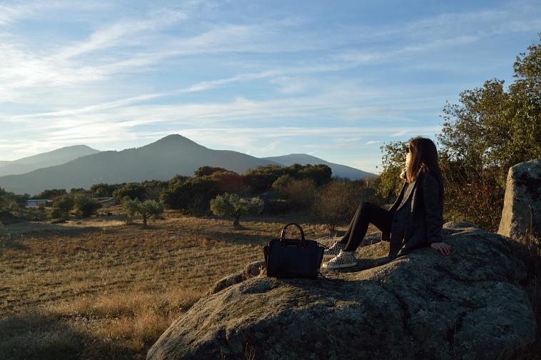 lara-vazquez-peace-blog-fashion-landscape