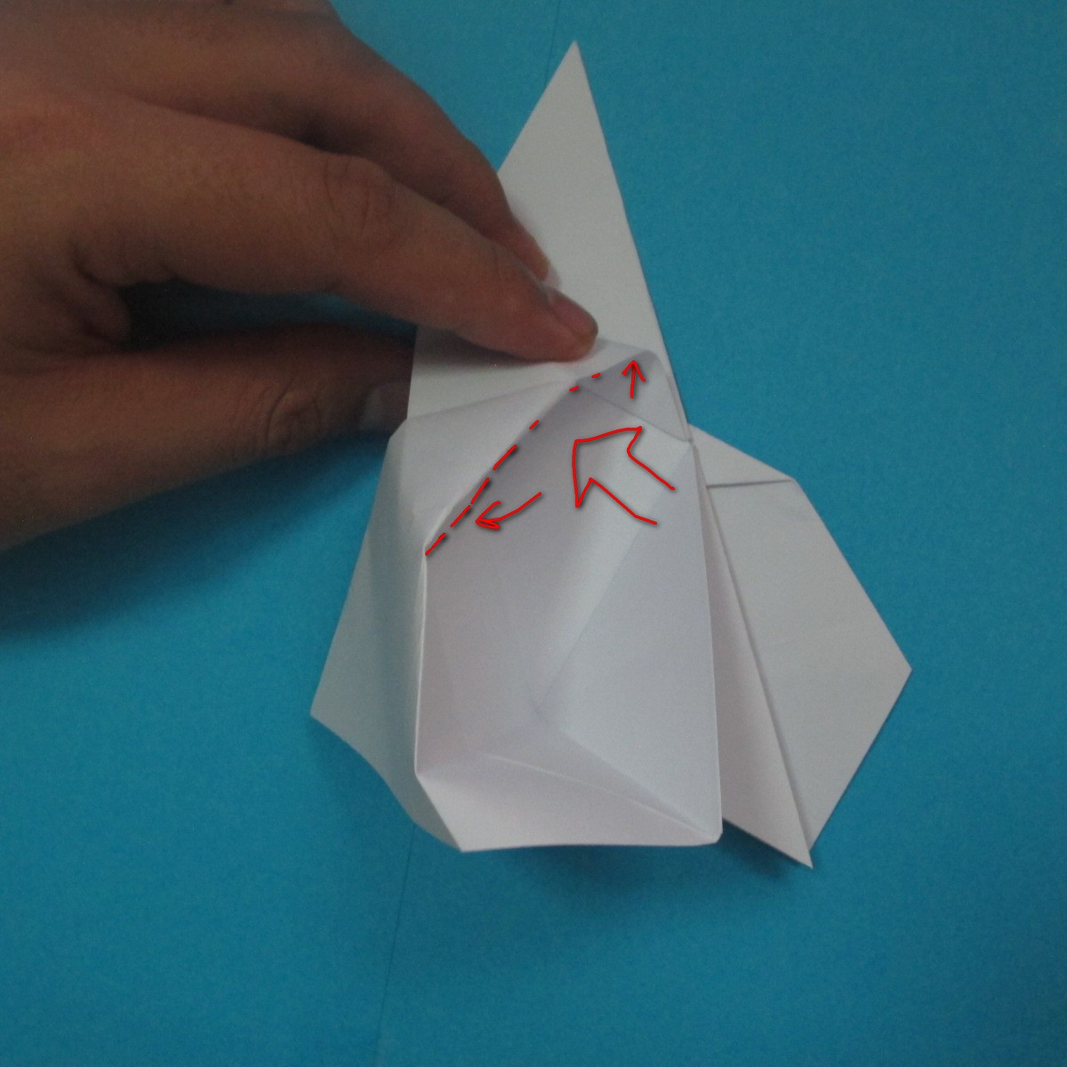 วิธีการพับกระดาษเป็นนกเพนกวิ้น 030