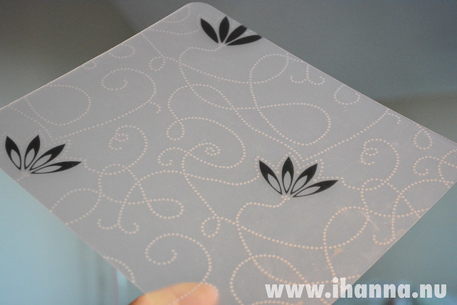 Small transparent placemat