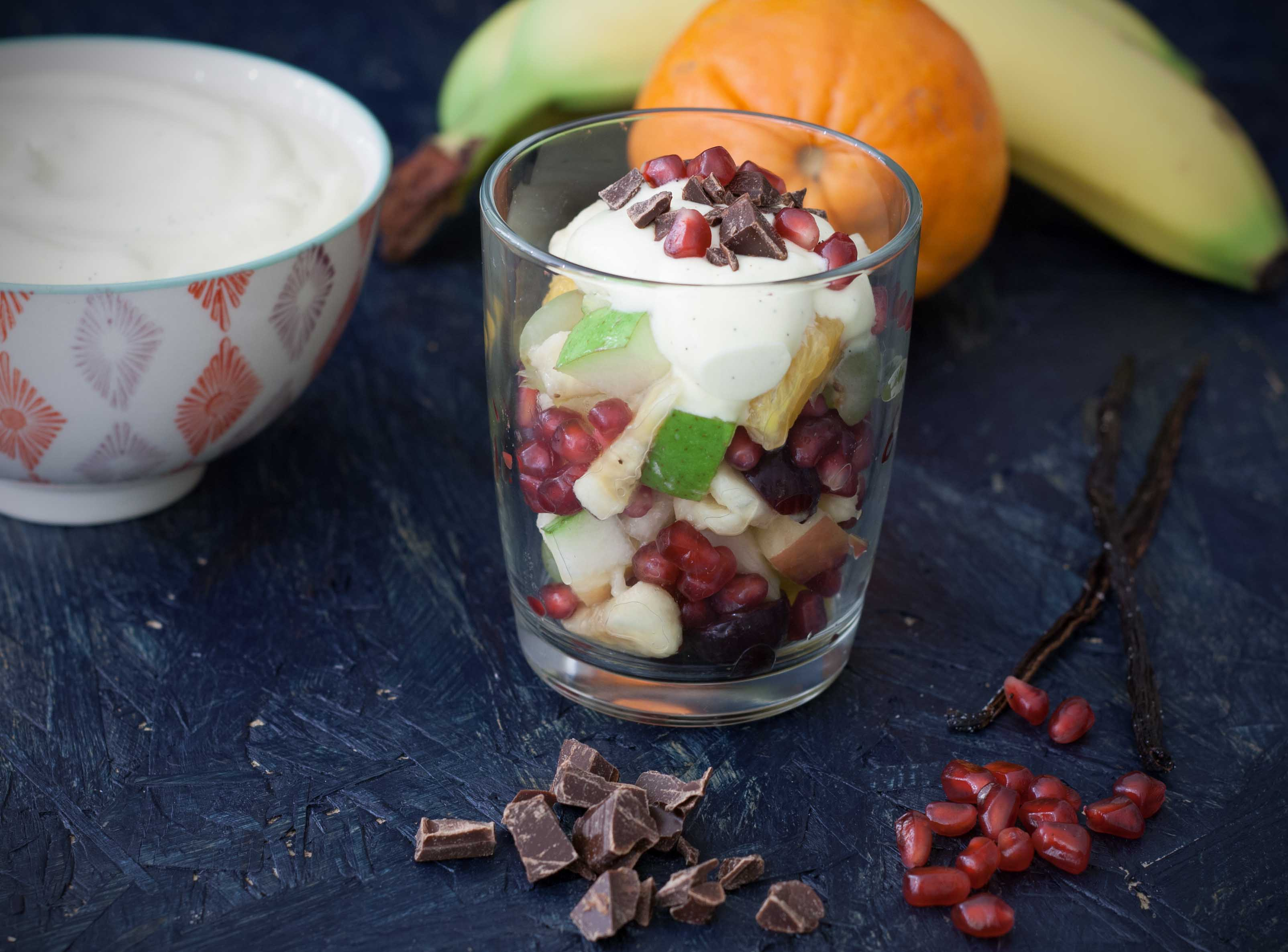 Recipe for Homemade Fruit Salad with Vanilla Cream and Chocolate