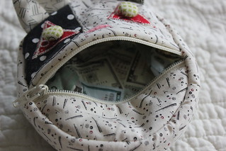 Straight Stitch Society Pattern - Cat Coin Purse