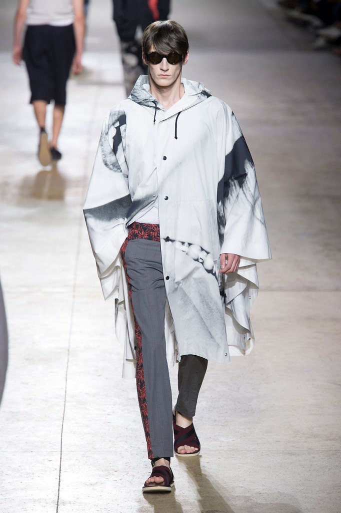 SS16 Paris Dries Van Noten012_Mihai Bran(fashionising.com)