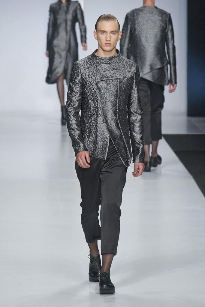 SS14 Milan Ji Wenbo007_Jeroen Smits(fashionising.com)