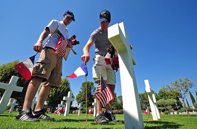 Sailors honor World War II dead.