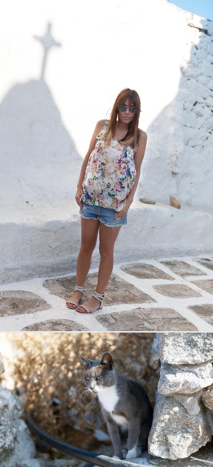 barbara crespo travels holidays blue & white mykonos street style outfit