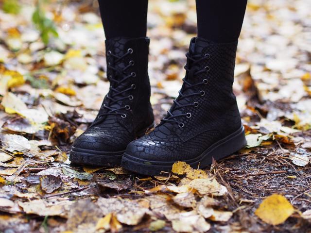 croco boots bianco
