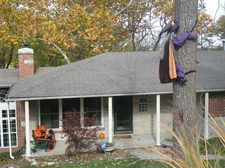 Halloween House 2 - Cliff