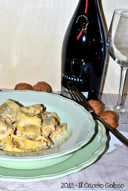 Ravioli ai funghi porcini con salsa di noci (2)