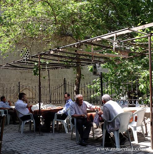 tetería al aire libre en Amasya