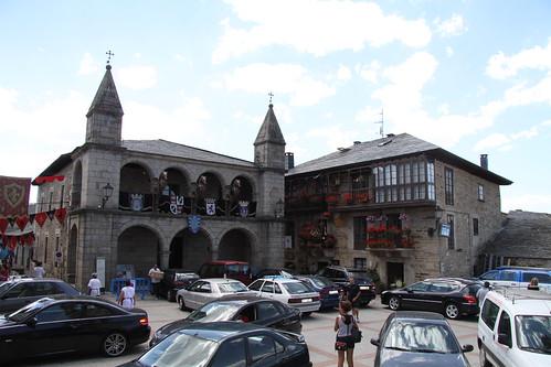 Fachada del Ayuntamiento de Puebla de Sanabria, Zamora - Foto: turismotren.com