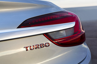 """""""Turbo""""- Schriftzug am Heck des Opel Cascada"""