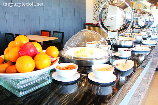 Continental Breakfast at Bellevue Signature Club Lounge