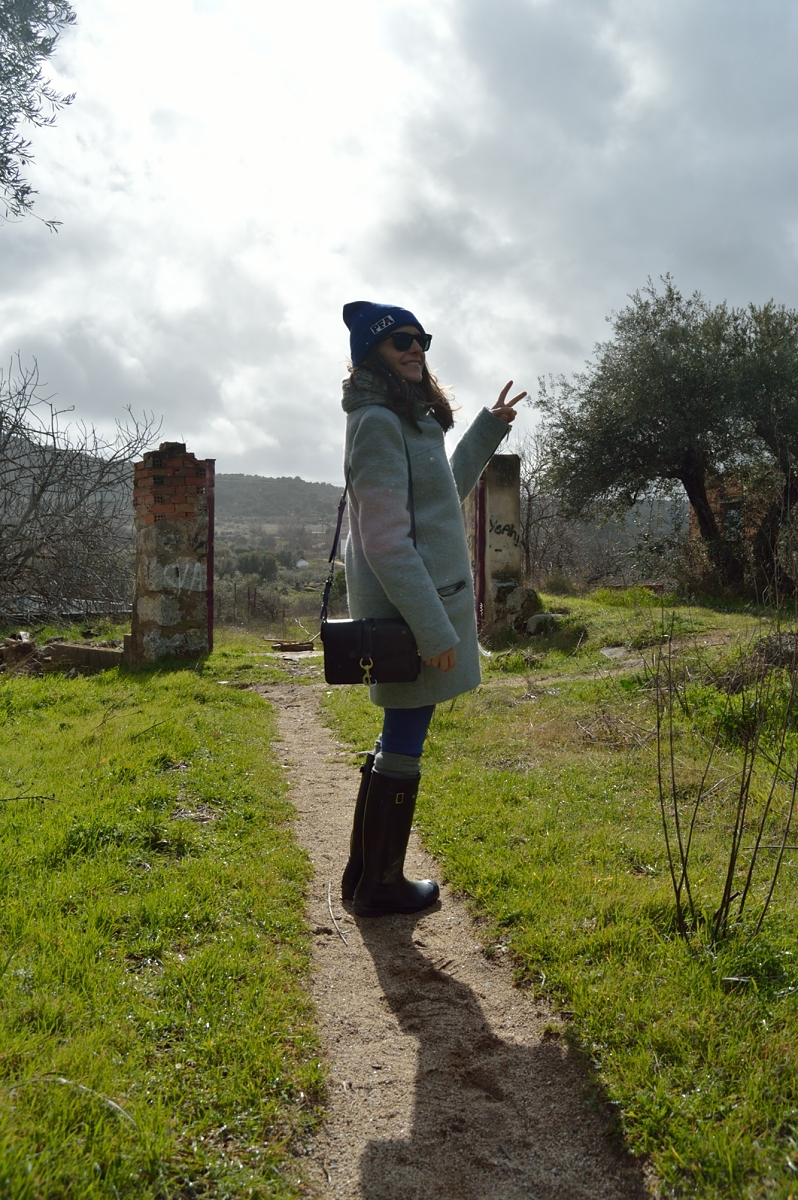 lara-vazquez-madlula-blog-style-fashion-cobalt-grey.look