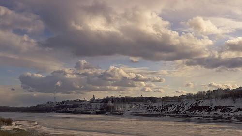 city winter light cloud snow tower primavera ice church nature sunshine clouds canon river landscape spring view russia churches natura neve inverno citta 600d vyatka 24105l sergeyponomarev viatka сергейпономарев