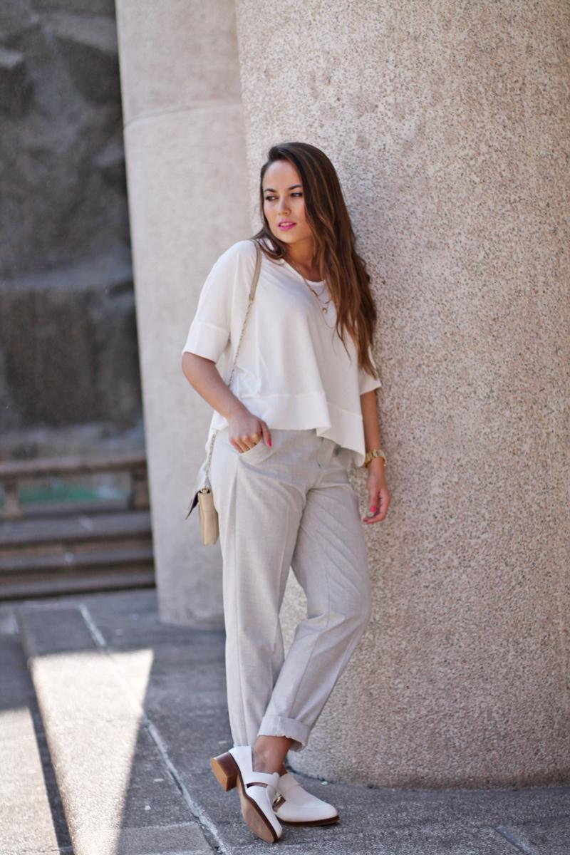 rayas, white
