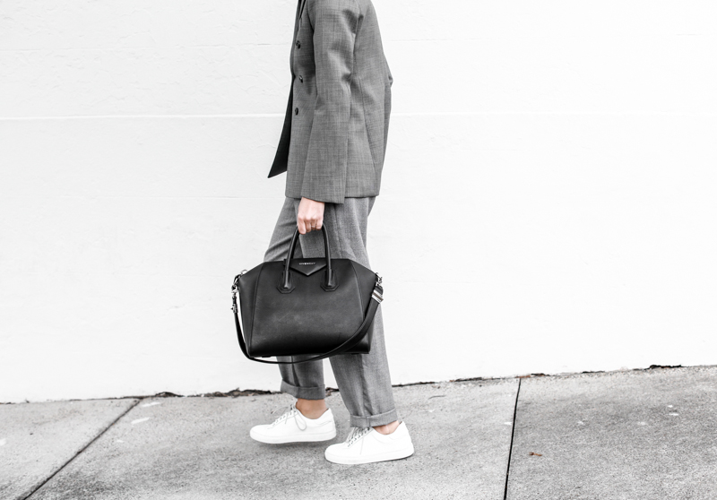 modern legacy, fashion blog, grey, street style, suit, sneakers, Givenchy Antigona medium MyChameleon, minimal, monochrome, man style (1 of 1)