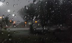 rain-drops-thunderstorm-0409-3