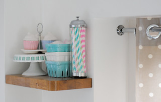 Top kitchen shelf