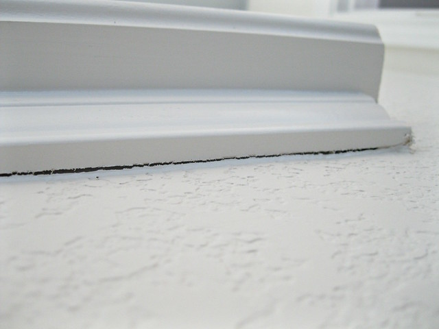 gap in window trim