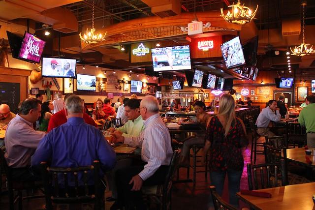 Twin Peaks International Drive Restaurant In Orlando