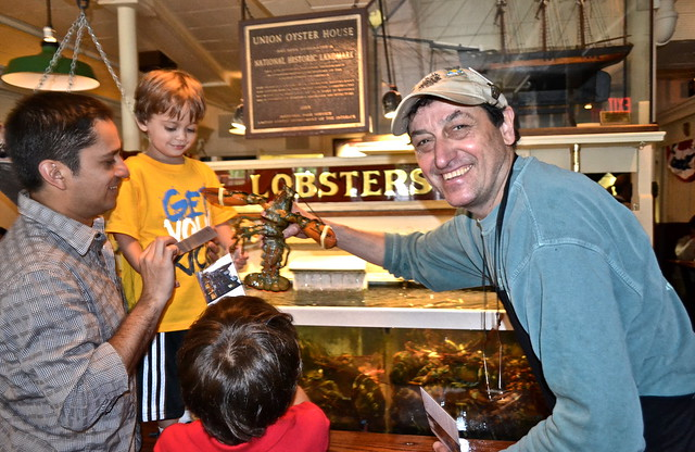 Petting Lobsters - The thing to do at Union Oyster House, Boston MA