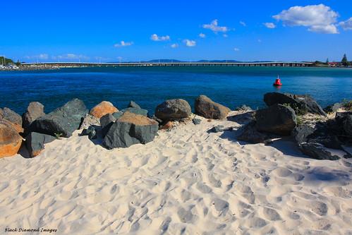 bridge sand australia estuary greatlakes nsw breakwall tuncurry wallislake midnorthcoast forstertuncurrybridge wallislakebridge tuncurrybreakwall