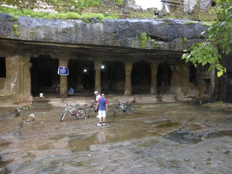 Mandapeshwar Caves - the courtyard