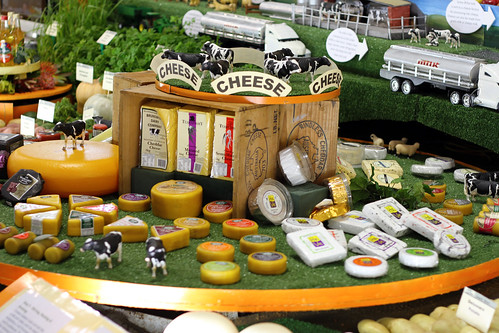 Perth Royal Show 2013 - Southwestern Cheese Wheel (Revolving Briskly)