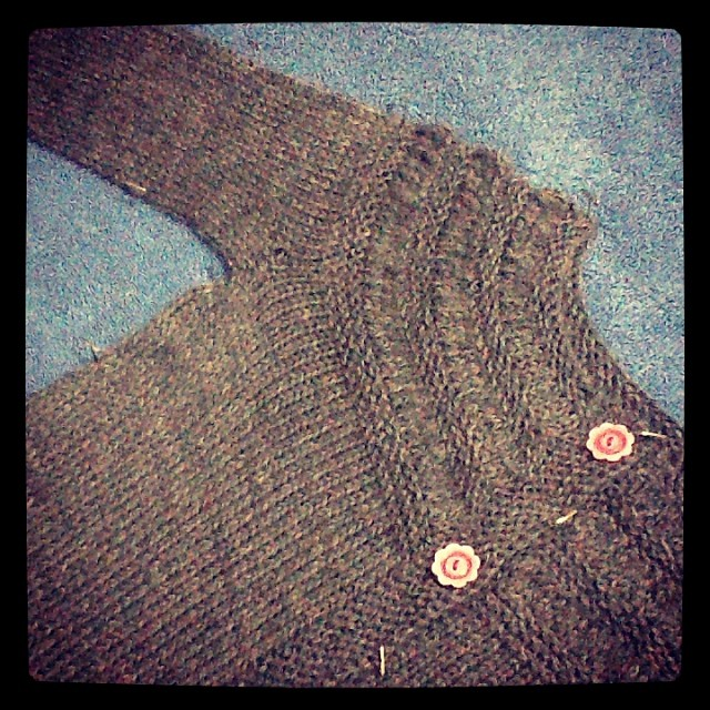 Buttons- check. Blocking- check.