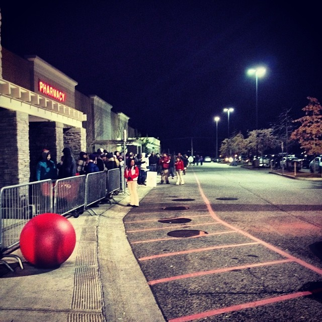 Another successful Black Friday crowd control in the books.  #retaillife #target #blackfriday