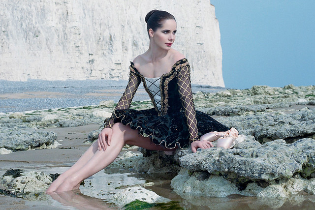 Darcey Bussell to sign copies of her new photo book on 17
