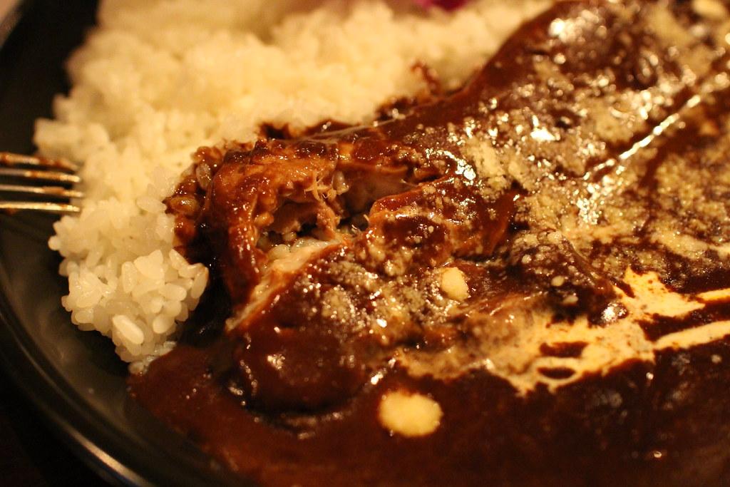 下北沢ハワイアンレストランTsunami_3枚肉のカレー2