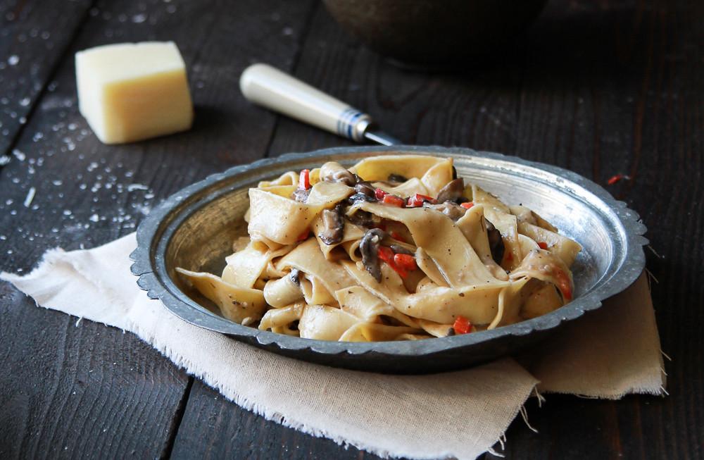 Creamy Garlic Mushroom Pappardelle