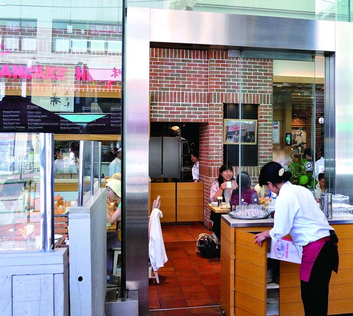 [東京B級美食好書搶先看] 吉祥寺The Original PANCAKE HOUSE美式鬆餅 :亞洲唯一分店   林氏璧和美狐團三狐的小天地
