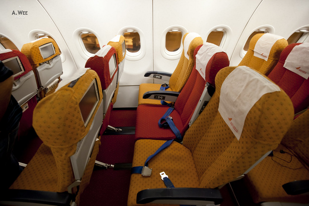 air india flight inside economy class the image kid has it. Black Bedroom Furniture Sets. Home Design Ideas