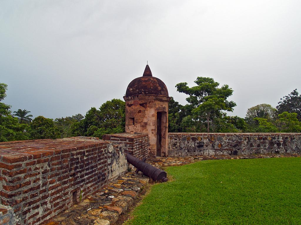 17. Fortaleza española de San Fernando, en Omoa. Autor, Adalberto H. Vega