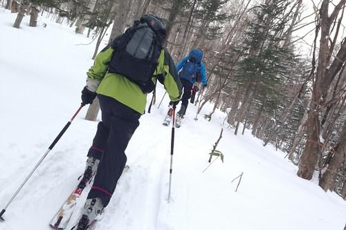 初の山スキー