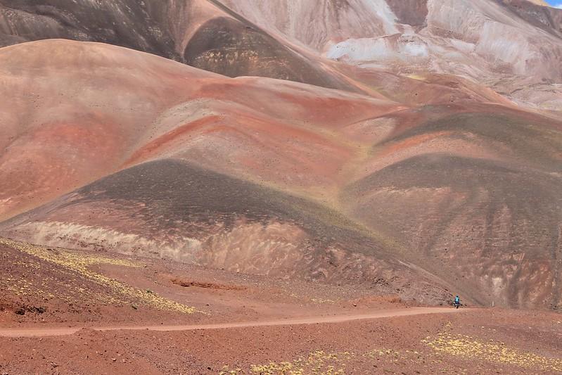 Colourful hills near Refugio El Peñon