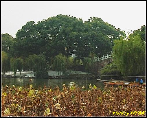 杭州 西湖 (其他景點) - 213 (從北山路望向西湖十景之 蘇堤 上的誇虹橋)
