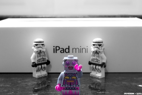 iPad Mini Fig by iSchumi