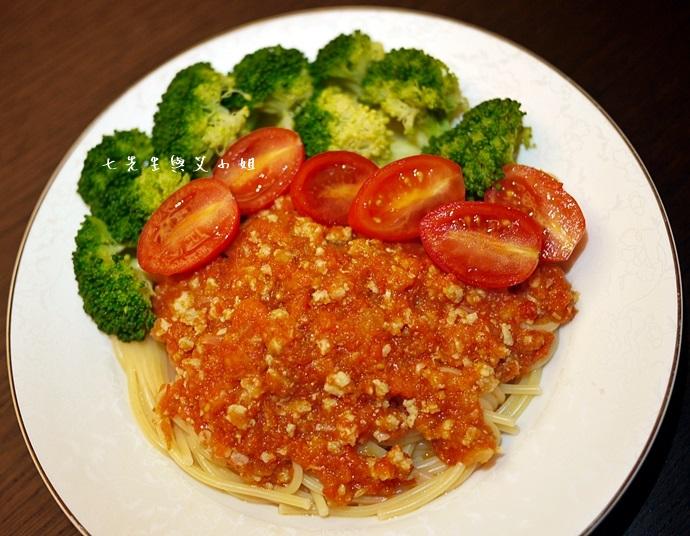 15 番茄肉醬義大利麵