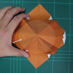การพับกระดาษเป็นที่คั่นหนังสือหมีแว่น (Spectacled Bear Origami)  โดย Diego Quevedo 016